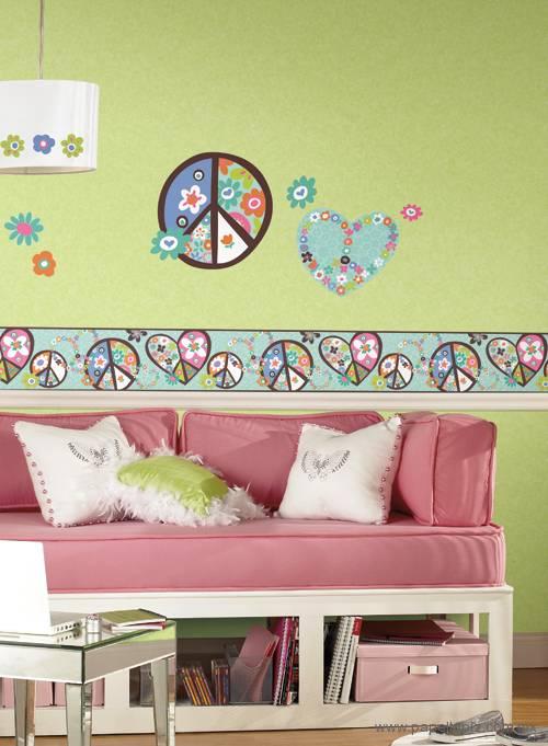 Tapiz modelo Heart Peace Sign RMK1621GMPW del catálogo Girl Power II